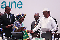 KIGALI, July 17, 2016 (Xinhua) -- President of the Republic of Chad and rotating African Union chairperson Idriss Deby (1st R), Chairperson of the African Union Commission (AUC) Nkosazana Dlamini Zuma (2nd L) shake hands during the opening ceremony of the 27th ordinary session of the AU Heads of States in Kigali, capital of Rwanda, July 17, 2016. African leaders on Sunday gathered at Rwanda's capital Kigali for their biannual meet with the launch of the continent's first-ever African e-passport. A new AU commission will also be elected to replace the one led by Dlamini Zuma since 2012. (Xinhua/Pan Siwei) (Credit Image: © Pan Siwei/Xinhua via ZUMA Wire)