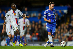 Chelsea Midfielder Frank Lampard (ENG) passes through to Midfielder Oscar (BRA) who goes on to score a goal during the first half of the match - Photo mandatory by-line: Rogan Thomson/JMP - Tel: 07966 386802 - 18/09/2013 - SPORT - FOOTBALL - Stamford Bridge, London - Chelsea v FC Basel - UEFA Champions League Group E