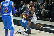 DESCRIZIONE : Bologna campionato serie A 2013/14 Acea Virtus Roma Enel Brindisi <br /> GIOCATORE : Jerome Dyson<br /> CATEGORIA : curiosita' terra<br /> SQUADRA : Enel Brindisi<br /> EVENTO : Campionato serie A 2013/14<br /> GARA : Acea Virtus Roma Enel Brindisi<br /> DATA : 20/10/2013<br /> SPORT : Pallacanestro <br /> AUTORE : Agenzia Ciamillo-Castoria/GiulioCiamillo<br /> Galleria : Lega Basket A 2013-2014  <br /> Fotonotizia : Bologna campionato serie A 2013/14 Acea Virtus Roma Enel Brindisi  <br /> Predefinita :