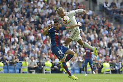 October 20, 2018 - Madrid, Madrid, Spain - Mariano of Real Madrid fight the ball with Postigo of Levante during a match for the Spanish League between Real Madrid and Levante at Santiago Bernabeu Stadium on October 20, 2018 in Madrid, Spain. (Credit Image: © Patricio Realpe/NurPhoto via ZUMA Press)
