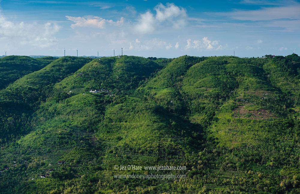 PLN wind & solar powered renewable energy site at Nusa Penida, Klungkung, Bali, Indonesia.<br /> <br /> Pembangkit listrik tenaga surya dan angin milik PLN di Nusa Penida, Klungkung, Bali, Indonesia.