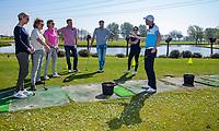 HEEMSKERK - NVG / NGF / Open Golfdagen / Heemskerkse  Golf Club.     kennismaken met golf. driving range, driven' pro Bob ter Punt.  COPYRIGHT KOEN SUYK