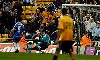 Photo: Ed Godden/Sportsbeat Images.<br />Wolverhampton Wanderers v Oldham Athletic. The FA Cup. 06/01/2007. Seyi Olofinjana (out of picture) equalises for Wolves. 1-1.