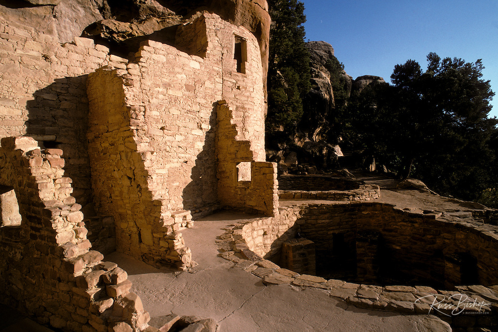 Evening light on kiva and walls at Cliff Palace Ruin, Mesa Verde National Park (World Heritage Site), Colorado.