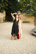 Raphaella Rimboud and Isabella Pagman, Reconstruction ­ 1. Sudeley. 1 July 2006. ONE TIME USE ONLY - DO NOT ARCHIVE  © Copyright Photograph by Dafydd Jones 66 Stockwell Park Rd. London SW9 0DA Tel 020 7733 0108 www.dafjones.com