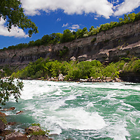 North America, Canada, Ontario, Niagara Falls. White water rapids at Niagara Falls.
