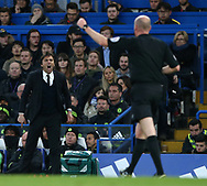 Chelsea's Antonio Conte rages at referee Lee Mason during the Premier League match at Stamford Bridge Stadium, London. Picture date: April 25th, 2017. Pic credit should read: David Klein/Sportimage