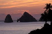 MEXICO, BAJA CALIFORNIA Cabo San Lucas, El Arco at 'lands end'