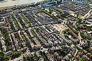 Nederland, Zuid-Holland, Rotterdam, 23-05-2011;.De Oudedijk in Kralingen (beneden) boven is een stukje Maasboulevard te zien met rivier..Vanaf Oudedijk richting rivier (en Oostzeedijk): Voorschoterlaan (Halfronde huizen) en links daarnaast met ook bomen Avenue Concordia..Driehoekige ABN Amro aan de Willem Ruyslaan...luchtfoto (toeslag), aerial photo (additional fee required).copyright foto/photo Siebe Swart