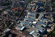 Nederland, Groningen, Groningen Stad, 08-09-2009; Academisch Ziekenhuis (UMCG) onderdeel van de Rijks Universiteit Groningen (RUG). Onderdeel van het ziekenhuis is het Traumacentrum (met helipad voor trauma helikopter). Links de Stadsschouwburg..luchtfoto (toeslag); aerial photo (additional fee required); .foto/photo  Siebe Swart