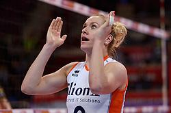04-01-2016 TUR: European Olympic Qualification Tournament Nederland - Duitsland, Ankara <br /> De Nederlandse volleybalvrouwen hebben de eerste wedstrijd van het olympisch kwalificatietoernooi in Ankara niet kunnen winnen. Duitsland was met 3-2 te sterk (28-26, 22-25, 22-25, 25-20, 11-15) / Ongeloof bij captain Maret Balkestein-Grothues #6 als de scheidsrechter het punt aan Duitsland geeft