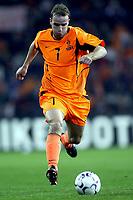 Fotball<br /> Kvalifisering til EM 2004<br /> 11.10.2003<br /> Nederland v Moldova<br /> Foto: Digitalsport<br /> Norway Only<br /> <br /> andy van der meyde