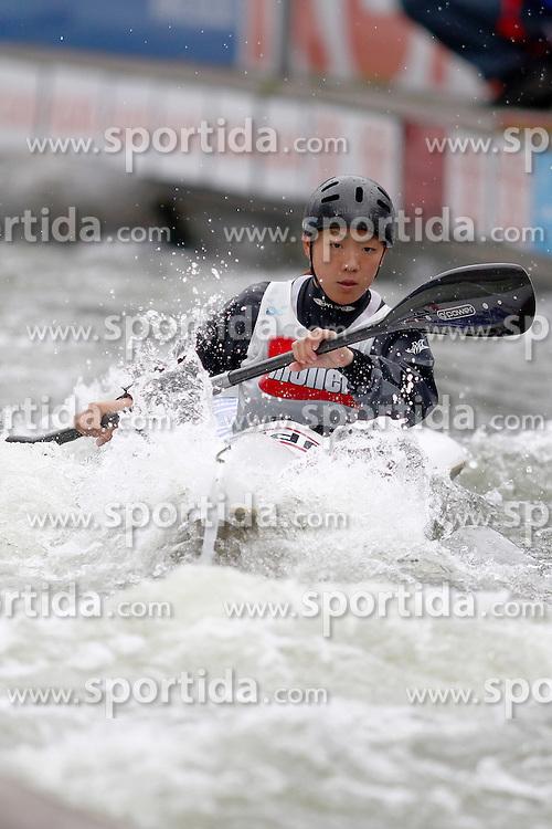 11.06.2011, Eiskanal , Augsburg, GER, ICF Wildwater Canoeing Sprint 2011 , im Bild  Tomomi Sasaki (JPN), EXPA Pictures © 2011, PhotoCredit: EXPA/ nph/  Straubmeier       ****** out of GER / SWE / CRO  / BEL ******