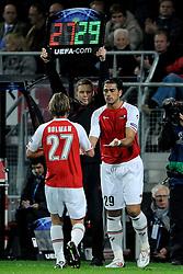 20-10-2009 VOETBAL: AZ - ARSENAL: ALKMAAR<br /> AZ in slotminuut naast Arsenal 1-1 / Wissel voor Brett Holman en Graziano Pelle<br /> ©2009-WWW.FOTOHOOGENDOORN.NL