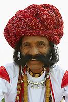 Inde, Rajasthan, Jaipur, le festival des elephants qui se deroule lors de la fete de Holi, homme rajpute. // India, Rajasthan, Jaipur, the elephant festival, rajput man.