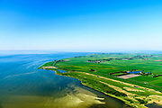Nederland, Friesland, De Friese Meren, 07-05-2018; Gaasterland,  Mirnser Klif (Fries: Murnser Klif), keileemrug.<br /> Coast cliffs, Frisian coast.<br /> luchtfoto (toeslag op standard tarieven);<br /> aerial photo (additional fee required);<br /> copyright foto/photo Siebe Swart