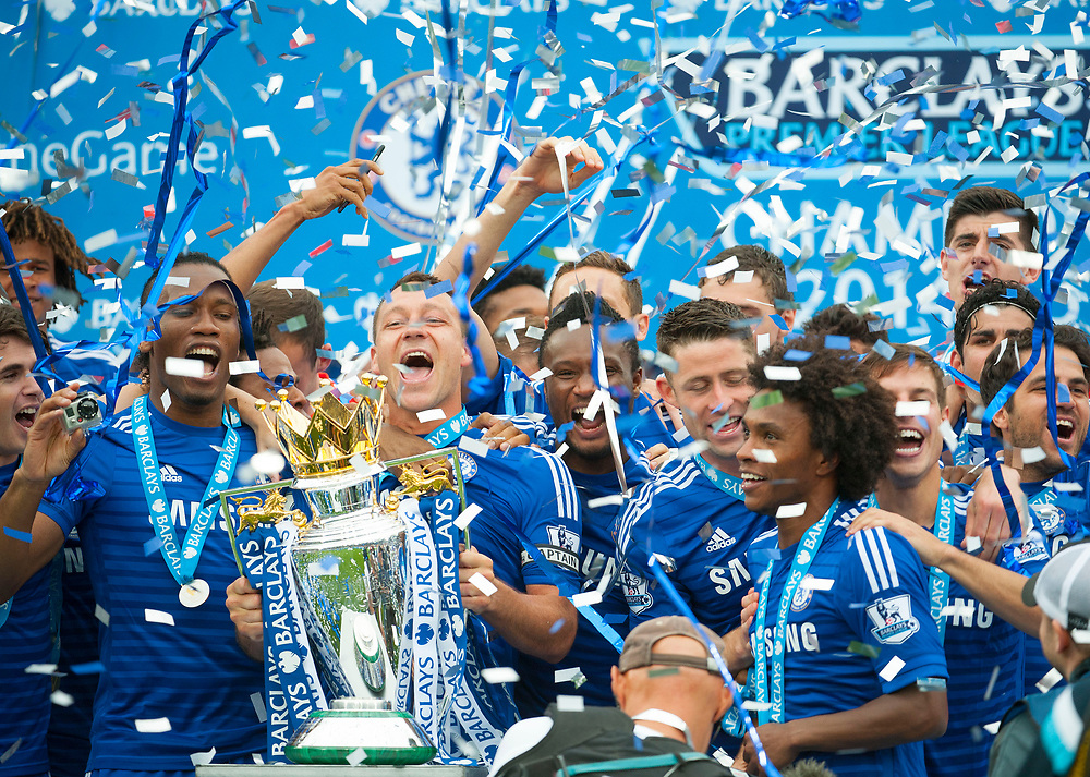 John Terry and Didier Drogba lift the trophy as Chelsea celebrate winning the Premier League Title after the Barclays Premier League match at Stamford Bridge, London. May 24, 2015.<br /> <br /> Picture by Jack Megaw/Focus Images Ltd +44 7481 764811<br /> 24/05/2015