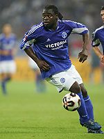 Fotball<br /> Bundesliga Tyskland<br /> Foto: imago/Digitalsport<br /> NORWAY ONLY<br /> <br /> Datum: 27.07.2005 <br /> <br /> Gerald Asamoah (Schalke)