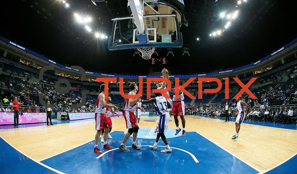 Anadolu Efes's Dario Saric (3ndR) during their Gloria Cup Basketball Tournament match Anadolu Efes between Crvena Zvezda at Ulker Sports Arena in istanbul Turkey on Friday 26 September 2014. Photo by Aykut AKICI/TURKPIX