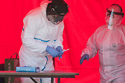 April 18, 2020, Wroclaw, Poland: Health workers conducted a Mobile rapid testing for coronavirus in Wroclaw, Poland on April 18, 2020. (Credit Image: © Krzysztof Zatycki/NurPhoto via ZUMA Press)
