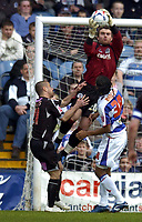Photo: Olly Greenwood.<br />Queens Park Rangers v West Bromwich Albion. Coca Cola Championship. 31/03/2007. West Brom's Kevin Phillips and QPR's Lee Camp and Michael Mancienne