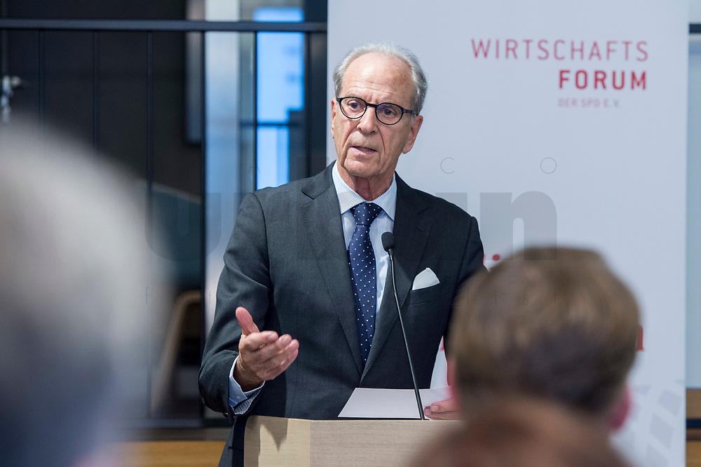 """29 MAR 2017, BERLIN/GERMANY:<br /> Dr. Juergen Heraeus, Praesident B20, Vorsitzender von UNICEF Deutschland, Aufsichtsratsvorsitzender der Firma Heraeus, haelt eine Rede, Veranstaltung des Wirtschaftsforums der SPD und der Business 20, B20: """"Global Governance in Zeiten der Globalisierungsskepsis - Impulse aus der G20-Wirtschaft"""", Quartier Zukunft der Deutschen Bank<br /> IMAGE: 20170329-02-104<br /> KEYWORDS: Dr. Jürgen Heraeus"""