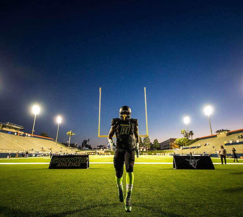 Robert Thomas warms up before Golden West College at Orange Coast College on November 7, 2015. Photo by Marty McCrory / SportsShooter Academy