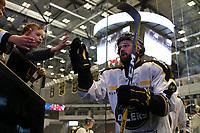 GET-ligaen Ice Hockey, 27. october 2016 ,  Stavanger Oilers v Stjernen<br /> Scott Macaulay fra Stavanger Oilers etter kampen mot Stjernen<br /> Foto: Andrew Halseid Budd , Digitalsport