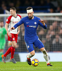 Chelsea's Olivier Giroud with a bandage on his head