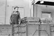 Lastbilschaffis på Vin&Sprit, Reimersholme, numera rivet.