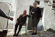 Abitanti del centro storico, Orsara di Puglia 3 Maggio 2014.  Christian Mantuano / OneShot