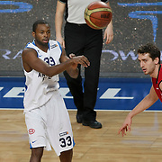 Anadolu Efes's Oliver Lafayette (L) during their Turkish Basketball League match Anadolu Efes between Erdemir at Arena in Istanbul, Turkey, Wednesday, January 28, 2012. Photo by TURKPIX