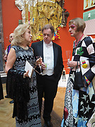 LADY WOLFSON; JONATHAN MEADES; GRAYSON PERRY, Royal Academy of Arts Annual Dinner. Burlington House, Piccadilly. London. 6 June 2017