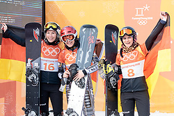 24.02.2018, Phoenix Snow Park, Bokwang, KOR, PyeongChang 2018, Snowboard, Damen, Siegerpräsentation, Parallel Riesenslalom, im Bild v.l. Ramona Theresia Hofmeister (GER, 2. Platz), Ester Ledecka (CZE, 1. Platz), Selina Joerg (GER, 3. Platz) // v.l. silver medalist Ramona Theresia Hofmeister of Germany gold medalist and Olympic champion Ester Ledecka of Czech Republic bronce medalist Selina Joerg of Germany during the winner presentation for the ladie's Snowboard Parallel Riesenslalom of the Pyeongchang 2018 Winter Olympic Games at the Phoenix Snow Park in Bokwang, South Korea on 2018/02/24. EXPA Pictures © 2018, PhotoCredit: EXPA/ Johann Groder