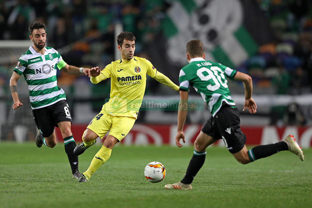 February 14, 2019 - Lisbon, Portugal - Bruno Fernandes of Sporting (L) vies for the ball with Manu Trigueros of Villarreal FC (R) during the Europa League 2018/2019 footballl match between Sporting CP vs Villarreal FC. (Credit Image: © David Martins/SOPA Images via ZUMA Wire)
