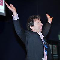 Nederland, Rotterdam , 28 januari 2011..De Nationale Kansdenkdag organiseert landelijk inspirerende Kansdenkdagen vanuit het concept Kansdenken. Op uw verzoek organiseren wij zelfs uw eigen incompany Kansdenkdag! De Nationale Kansdenkdag is een initiatief van Svelar Vitaal..Op de foto Huub Stammes tijdens zijn speech.Foto:Jean-Pierre Jans