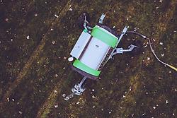 THEMENBILD - eine Schneekanone auf einer gruenen Wiese, aufgenommen am 30. November 2018 in Kaprun, Österreich // a snow making machine on a green meadow, Kaprun, Austria on 2018/11/30. EXPA Pictures © 2018, PhotoCredit: EXPA/ JFK