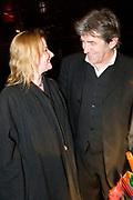 La Vie en Rose in première in theater Tuschinski, Amsterdam. De film kreeg haar wereldpremière als openingsfilm van het prestigieuze Filmfestival van Berlijn.EEn film over het bewogen en gepassioneerde levensverhaal van Edith Piaf.<br /> <br /> Op de foto: Bartho Braat en partner