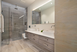 98_Lyle modern home design kids bath VA 2-174-303