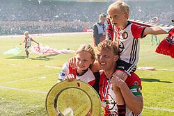 14-05-2017 NED: Kampioenswedstrijd Feyenoord - Heracles Almelo, Rotterdam<br /> In een uitverkochte Kuip pakt Feyenoord met een 3-1 overwinning het landskampioenschap / Dirk Kuyt #7