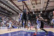 DESCRIZIONE : Campionato 2014/15 Dinamo Banco di Sardegna Sassari - Dolomiti Energia Aquila Trento Playoff Quarti di Finale Gara4<br /> GIOCATORE : Jamarr Sanders<br /> CATEGORIA : Tiro Penetrazione Sottomano<br /> SQUADRA : Dolomiti Energia Aquila Trento<br /> EVENTO : LegaBasket Serie A Beko 2014/2015 Playoff Quarti di Finale Gara4<br /> GARA : Dinamo Banco di Sardegna Sassari - Dolomiti Energia Aquila Trento Gara4<br /> DATA : 24/05/2015<br /> SPORT : Pallacanestro <br /> AUTORE : Agenzia Ciamillo-Castoria/L.Canu
