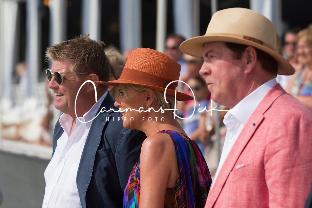 Prizegiving, Conter Stefan, Gheysens Paul, Gheysens Ria<br /> Rolex Grand Prix CSI 5* - Knokke 2017<br /> © Dirk Caremans<br /> 09/07/17