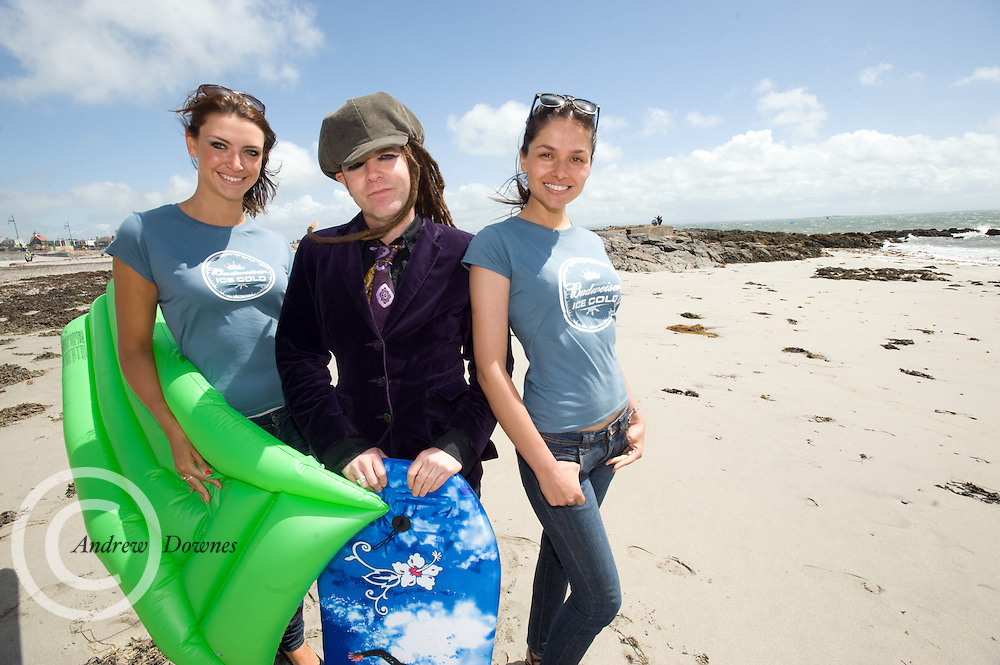 All set on the beach for the Budweiser Ice Cold Summer BBQ, broadcast live on the Tony Fenton Show at The Galway Bay Hotel in Salthill, Galway is  Claudia Felstead, Duke Special and Laura Redec  . Photo:Andrew Downes...More Info:.Both Duke Special and The Divine Comedy performed at the summer kick-off party and Today FM's Tony Fenton Show broadcast live from the hotel all afternoon...The 150 invited guests included Today FM listeners ad Budweiser Ice Cold Facebook fans from all over the country. Guests also won the chance to win a cool Grand in cash, meet Mr. Iceman and of course enjoy a pint of Budweiser Ice Cold, the coldest pint ever!..Enjoy Budweiser Ice Cold sensibly visit www.drinkaware.ie ..This event was strictly over 18's,..-ENDS-..FOR FURTHER INFORMATION PLEASE CONTACT:.Killian Burns / Aoiffe Madden..Killian.burns@ogilvy.com / aoiffe.madden@ogilvy.com.WHPR..Tel: 01 6690030.