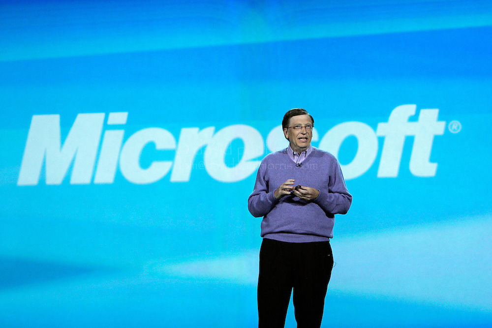 LAS VEGAS, NV - JANUARY 6:  Microsoft chairman Bill Gates delivers the opening keynote address at the 2008 International Consumer Electronics Show at the Venetian January 6, 2008 in Las Vegas, Nevada. CES, the world's largest annual consumer technology tradeshow, runs from January 7-10 and features 2,700 exhibitors showing off their latest products and services to more than 140,000 attendees.  (Photograph by David Paul Morris)