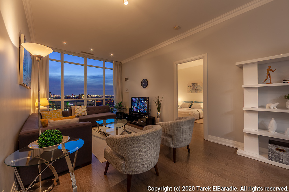 90 Absolute Ave., Mississauga   Real Estate Photography