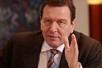 09 JAN 2002, BERLIN/GERMANY:<br /> Gerhard Schroeder, SPD, Bundeskanzler, waehrend einem Interiew, in seinem Buero, Bundeskanzleramt<br /> Gerhard Schroeder, SPD, Federal Chancellor of Germany, during an interview, in his office<br /> IMAGE: 20020109-02-028<br /> KEYWORDS: Gerhard Schröder