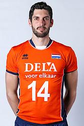 20150506 NED: Selectie Nederlands volleybal team mannen, Arnhem<br />Op Papendal werd het Nederlands team volleybal seizoen 2015-2016 gepresenteerd / Niels Klapwijk<br />©2015-FotoHoogendoorn.nl / Pim Waslander