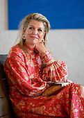 Koningin Maxima brengt werkbezoek aan Villa Pinedo