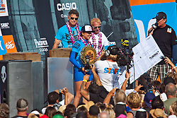 HUNTINGTON BEACH, California/USA (Saturday, August 7, 2010) - Carissa Moore receives a $50,000USD check at the awards platform after defeating Sally Fitzgibbons of Australia to win  the Hurley US Open of Surfing. Photo: Eduardo E. Silva