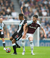 Football - 2021 / 2022 Premier League - Newcastle United vs West Ham United - St James Park - Sunday 15th August 2021<br /> <br /> Isaac Hayden of Newcastle United vies with Declan Rice of West Ham<br /> <br /> Credit: COLORSPORT/Bruce White
